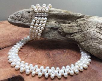 Romantic white fresh water pearl jewelry set / necklace / bracelet
