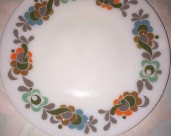 JAJ Pyrex Carnaby Tempo England Pyrex Salad Plates