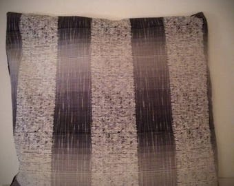 Satin geometric patterned pillow cover