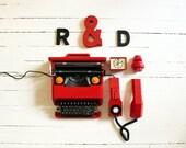 RED MOMA Value Lot  - Olivetti Valentine + Italtel Rialto +  MK-Tuote Hippo Bank + Esge Alarm clock. Office