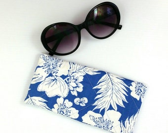 Blue & white glasses case, floral sunglasses pouch floral glasses case sunglasses case eyeglasses case glasses cover practical gift for her