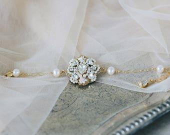 Gold Pearl Wedding Bracelet | Delicate Bracelet for Bride | Gold Chain Bracelet | Crystal & Lace Bracelet | Bridal Jewelry | Fiorenza