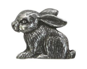 Danforth Rabbit 3/4 inch (18 mm) Pewter Shank Button