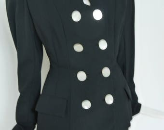 1940s fitted skirt suit by Yvonne