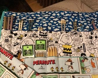 Handmade large knitting needles organizer. Crochet hook case. knitting needles storage. Peanuts fabric, Charlie Brown fabric. NEEDLES NOT IN