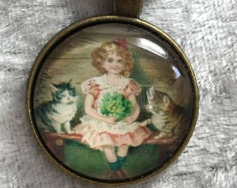 Little Girl  kittens bead woven necklace