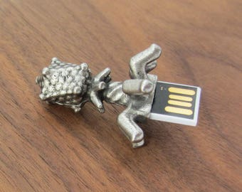 Bacteriophage Thumb Drive - USB Bacteriophage Flash Memory Drive, Microbiology, Phage USB Drive