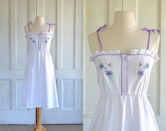 70s Vintage White Sun Dress Pintucks Flowers and Birds