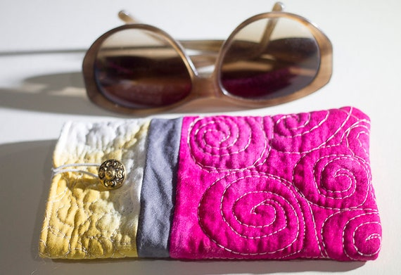 Quilted Sunglasses Case, Quilted Pouch, Soft Eyeglasses Case, Shibori Handmade Case