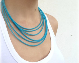 Teal layer necklace, Teal velvet jewelry, Multistrand necklace, Vert amande collier, Minimal industrial necklace, Boho Turquoise necklace