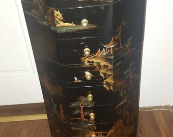 Black lacquer 8 draw chest