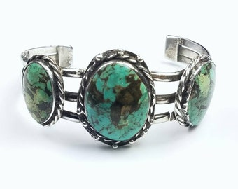 Native American Navajo handmade Sterling Silver Turquoise stone cuff bracelet