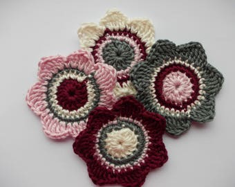 4 large crochet flowers, 7 cm