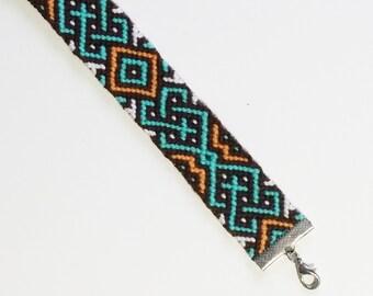 Kipushi - handmade friendship bracelet with cotton