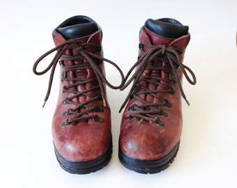 Vintage Brown Scarpa Boots Mens Hiking Boots Heavy Climbing Boots Brown Leather Mountaineering Boots Size 40 1/2 Hiking Boots Made In Italy