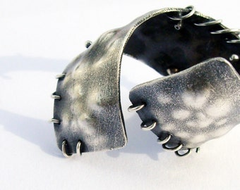 Hammered and Oxidized Sterling Silver Thick Adjustable DNA Ring. OOAK . Man Jewelry. Man Silver Ring. Art Jewelry. Creatures collection