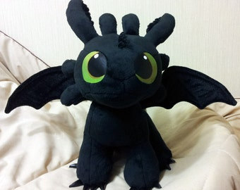 How to Train Your Dragon inspired sitting Toothless the Night Fury (38x48x48 cm) large plushie, made of minky plush with poseable wings