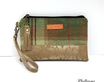 Pine Forest Wristlet fits iPhone 10, X, 8, 7, 6 Plus Samsung Galaxy S8 plus Card Holders Zip Closure