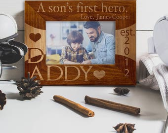 Personalized Father's Day Gift Wooden Picture Frame Laser Engraved Customized Wood Frame With Stand Best Dad Year Name Personalization DSG1