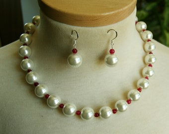 Beautiful Shell Pearl Ruby Necklace Earrings Set