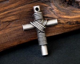 Cross Pendant, Christian Cross Metal Pendant, Antique silver finish, Code: T38