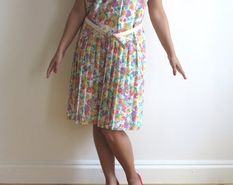 Floral Print Knee Dress Buton up Bodice Accordion Pleated Dress Short Sleeves Extra Large Size