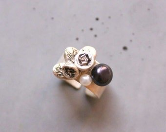 Statement Silver Ring with Roses and Mother of Pearl - Wide band adjustable ring - Custom made ring