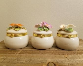 1950s Bone China With Flowers / Set Of 3 Round Trinket Holders