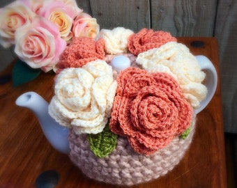 Flower Tea Cosy - 4-6 Cup Pot - Tea lover - Kitchen Gift - Housewarming - Mothers Day Gift- Vintage peach/cream roses