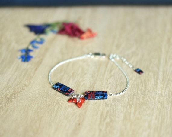 Bracelet à motifs fleuris rouges et bleus sur argent 925 'Kalanchoé'