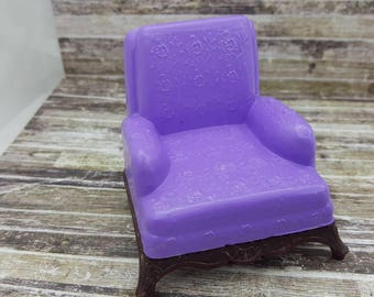 Renwal Arm chair Lilac Purple  Doll House Toy  Plastic  Family room Den Cozy