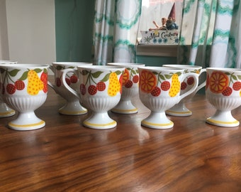 Vintage Footed Mugs Springtime R6746 Made in Japan
