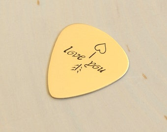 Bronze Love Guitar Pick with Arrow and Heart for Valentine's Day, 8th Anniversaries, and Love - GP571