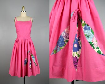 Vintage 1950s Pink Cotton Summer Dress 50s Full Skirt Dress with Pretty Applique by Norma Gini Size S