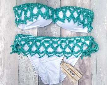 Crochet bikini - Penzance - twist front bandeau bikini