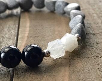 Moonstone, black onyx and feldspar gemstone beaded bracelet