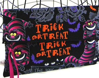 """Summer clutch (Bully Fly) fabric and faux """"Cheshire Cat"""""""