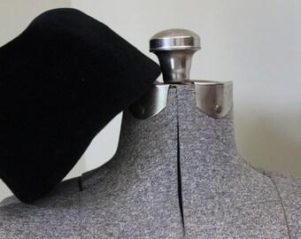 Vintage Black Velvet Hat Harzfeld's Kansas City  Pillbox