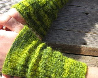 Lace Arm Warmers. Green Shades. Wrist Warmers. Original Seidenhase Angora PURE LACE. Handknitted.