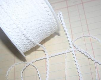 "WHITE Mini Rick Rack - Crafting Sewing Ric Rac Trim - 11/64"" Wide - 10 Yards"