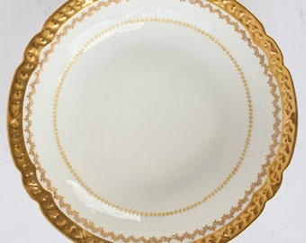 GDA France Serving Bowl Gerard, Dufraisseix  & Abbot Gold Scalloped Edge Wht Back
