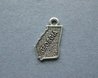 5 Georgia Charms - Georgia Pendants - State Charms - Georgia - Antique Silver - 15mm x 12mm  -- (G6-12037)