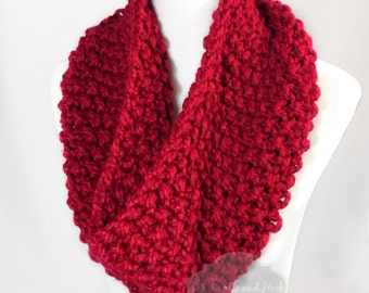 Red Chunky Knit Scarf, Scarlet Seed Stitch Cowl, Red Chunky Neck Warmer, Red Knit Snood, Short Ruby Infinity Scarf, Knit Collar Scarf