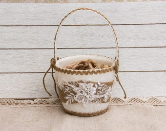 Burlap and Lace Wedding Accessories, Rustic Flower Girl Basket, Country Chic Wedding, Outdoor Wedding, Farm Wedding