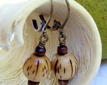 Boho Earthy Earrings, boho wood earrings, earth tone earrings, wooden jewelry, brown drop earrings, beige dangle earring, natural wood