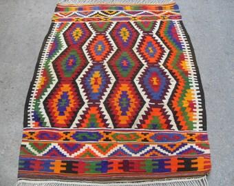 kilim rug free shipping VINTAGE TURKİSH antalya kilim Anatolian handwoven kilim rug decorative kilim - SİZE : 46'' X 64 '' (115 cm X 160 cm)