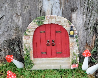Cobblestone Red Fairy Door