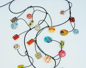Tanzen baumelt Halskette