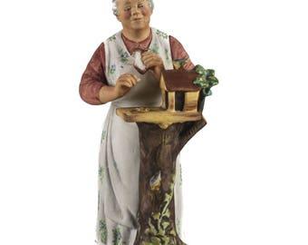 Royal Doulton Hand Painted Porcelain Figure 'Good Morning' HN 2671