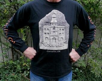 Corvallis (Oregon) Court House Long sleeve T-shirt.